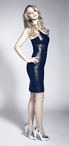 Celebrity Leg Show: Jennifer Lawrence