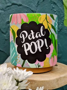 Diy Clay, Clay Crafts, Hand Crafts, Pottery Painting, Ceramic Painting, Painted Pots, Hand Painted, Decorated Flower Pots, Pastel House