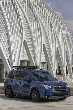 Blue Subaru Forester, Lowered