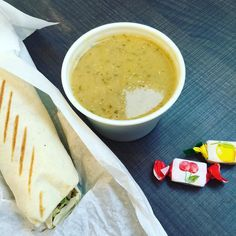 レバノン料理のファストカジュアルフードAdonys Tokyo -アドニストーキョーオーナーはフランス人なんでおまけにフランスのお菓子もらった恋しちゃうレバノンスープ半端なく美味しいこれこらファラフェルのラップサンドいただきまうす(ε )  #レバノン料理 #レバノン #東京レストラン #simplicity #tokyo #gocciso #lebanon #lebanonfood #adonys #adonystokyo #fromfrance #フランス発