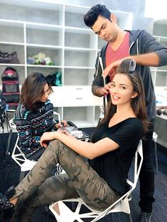 Amy Jackson was spotted getting ready for a brand shoot recently Saturn Girl, Bollywood Actress, Bollywood Fashion, Amy Jackson, Bond Girls, Female Fighter, Actor Photo, Most Beautiful Indian Actress, Indian Celebrities