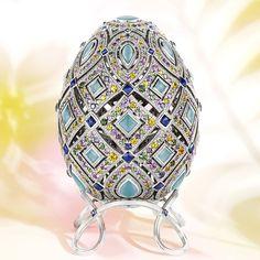 Four Season Summer Class Egg Fabergé ( Sapphire) ; Œuf Classe Impériale de l'Eté copyright Fabergé; actualités bijoux