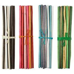 SALTIG Koristetikku - IKEA, 35 cm, 1,99e / kpl Kumpikin laita on mieluista raitaa. ( Eli musta ja vihreä)