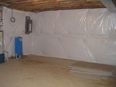 Basement Wall Blanket Insulation - How To Frame Basement Walls With Blanket Insulation Insulating Basement Walls, Basement Wall Panels, Framing Basement Walls, Basement Ceiling Insulation, Finishing Basement Walls, Diy Finish Basement, Wall Insulation, Insulation Installation, Cheap Insulation