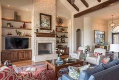 Spanish Colonial meets traditional in a beautifully styled Texas home Spanish Colonial Decor, Spanish Style Decor, Colonial Style Homes, Spanish Style Homes, Spanish Revival, Sophisticated Living Rooms, Mediterranean Home Decor, Texas Hill Country, Home Living Room