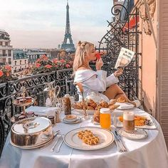 Places to travel, travel destinations, paris travel, france travel Photo Instagram, Disney Instagram, Paris Travel, France Travel, France Europe, Travel Aesthetic, Travel Goals, Travel Tips, Travel Pictures