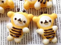 Honeybee korilakkuma  macaroon