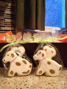 Puppy cookies for bake sale/ fundraiser Ryan Kids, Bake Sale, Christmas Cookies, Fundraising, Kid Stuff, Baking, Desserts, Food, Xmas Cookies