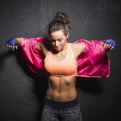 Un joli ventre, plat et ferme ? C'est une affaire d'alimentation bien pensée, de posture, de massages adéquats... et d'exercices spécifiques...