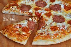 Gabriella kalandjai a konyhában :) Diabetic Recipes, Diet Recipes, Hawaiian Pizza, Pepperoni, Hamburger, Paleo, Food, Essen, Beach Wrap