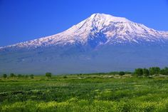Landmark Mount Ararat m), Eastern Anatolia Region, Turkey. You can add the landmark on your 'visited' or 'want to visit' landmarks list. Wonderful Images, Beautiful Images, Turkey Culture, Trekking, Picture Photo, Places To See, Digital Marketing, Mountains, Travel