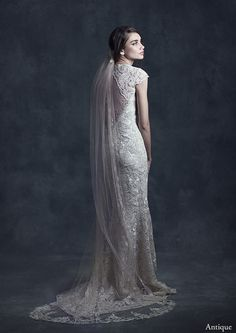 'Casablanca' Veil - Claire Pettibone Heirloom Collection http://shop.clairepettibone.com/products/casablanca-veil