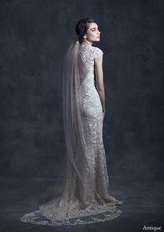 'Casablanca' Veil - Claire Pettibone Heirloom Collection http://shop.clairepettibone.com/products/casablanca-veil
