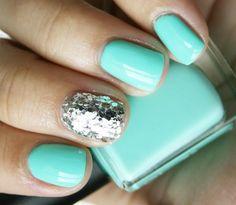 glitter put on wet nails