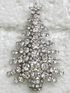 Jewelry Wall, Jewelry Tree, Jewelry Christmas Tree, Christmas Trees, Christmas Glitter, Vintage Rhinestone, Crystal Rhinestone, Vintage Brooches, Vintage Costume Jewelry