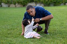 "Aug. 25, 2009  ""On vacation in Martha's Vineyard, the President shared a moment with his young niece, Savita."""