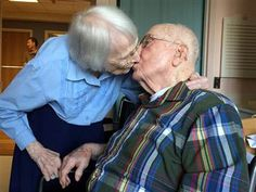 100-year-old couple celebrates love 75 years after saying 'I do'
