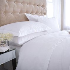 Source 400 Thread Egyptian Cotton Percale Bed Linen by Kings of Cotton White Bedding, Linen Bedding, Linen Bedroom, Egyptian Cotton Bedding, Percale De Coton, Cheap Bed Sheets, Bed Linen Design, Cotton Duvet, Luxury Bedding Sets