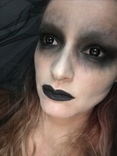 Younique Halloween makeup dead bride www.thebeautyinfusion.com