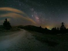 lori-rocks: Milky Way Road Trip by ~edit via ~Lori Nate King Cole, Nat King, Brightest Planet, Astronomy Pictures, Star Images, In Ancient Times, Milky Way, Stargazing, Natural Wonders