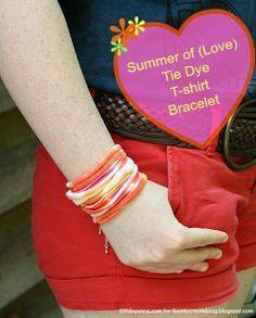 iLoveToCreate Blog: DIY Tie Dye T-Shirt Bracelet Tie Dye T Shirts, Cut Shirts, Diy Tie Dye Designs, T Shirt Bracelet, Shirt Transformation, Tie Dye Party, Diy Fashion Accessories, Recycled T Shirts, Tie Dye