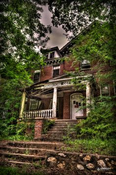 Abandoned Juvenile Detention Facility, Concord, North Carolina (Daughters Cottage by RomanDA Photography - 500px)