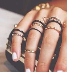 How to Stack Rings Like a Boss - Mix Metals and Textures