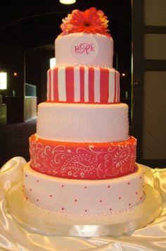 coral wedding cakes