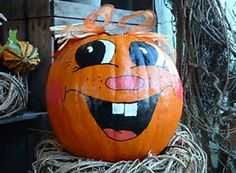 Related image result Halloween Pumpkins, Halloween Decorations, Funny Pumpkin Faces, Trunk Or Treat, Painted Pumpkins, Funny Faces, Pumpkin Carving, Treats, Awesome
