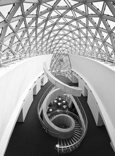 Salvadore-Dali-Museum-1