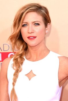 Brittany Snow at the 2015 iHeartRadio Music Awards. http://beautyeditor.ca/2015/04/01/iheartradio-music-awards-2015