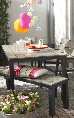 KARWEI | Voeg kleurrijke accessoires toe aan je terras voor een extra zomerse sfeer