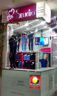 Jejrstudio. Jeans para Dama. Sensualidad & Moda, lideres en moda femenina. Encuentrala en el #GranSan. Local 2015 Tel: 284 2243  #ColombianoCompraColombiano #SoyCapaz de creer en mi país! Studio, Jeans, Shopping, Fashion Branding, Branding, Lady, Moda Femenina, Studios, Denim