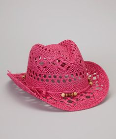 From rodeo to road trips, petite partners can shade in style with this modern cowboy hat that adds a touch of country charm to any ensemble. Its ultra-breathable open weave and wooden bead details perfectly complete days of horse riding or simply just horsing around.
