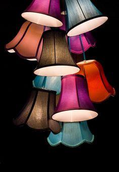 ランプ, 光, ランプのかさ, 画面, デコ, リビング ルーム, シャンデリア, 燭台, 色