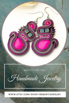 Pink gray soutache earrings for women. Handmade pink stone chandelier earrings. Everyday hypoallergenic earrings. Colorful boho-chic soutache jewelry. Gift for wife, girlfriend, or mom. Soutache Earrings, Women's Earrings, Pink Grey, Gray, Christmas Gifts For Wife, Amazing Gifts, Beaded Jewelry, Unique Jewelry, Pink Stone