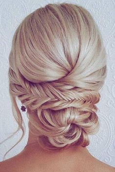 42 Wedding Hairstyles - Romantic Bridal Updos ❤ romantic bridal updos wedding hairstyles low bun with braids on blonde hair hairbyhannahtaylor # romantic Hairstyles updo Best 2020 Wedding Updos Ideas For Every Bride Romantic Bridal Updos, Romantic Hairstyles, Wedding Hairstyles For Long Hair, Wedding Hair And Makeup, Wedding Updo, Braided Hairstyles, Hair Makeup, Wedding Bride, Bridal Updo Hairstyles