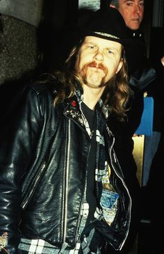 *Me, Myself and Lenne* *Metallica' fan since *Colorada since I born* *Don't expect to see here. Cliff Burton, Robert Trujillo, James Hetfield, Metallica, Long Hair Beard, Esp Guitars, Great Comebacks, Beastie Boys, Dave Grohl