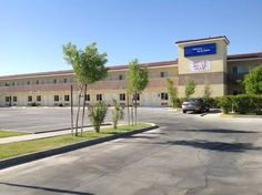 America Inn & Suites Ridgecrest (California) America Inn & Suites is located in Ridgecrest just 6 km from Naval Air Weapons Station China Lake. Guests can enjoy a free daily continental breakfast at this hotel. Free WiFi access is available.