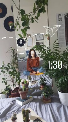 Look how beautiful this bedroom is! So many plants, I love it :) Room Inspo Tumblr, Tumblr Room, Bed Tumblr, Aesthetic Bedrooms, Aesthetic Room Decor, Art Hoe Aesthetic, My Room, Dorm Room, Grunge Decor