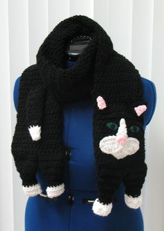 Ravelry: Black Cat Scarf by Donna Collinsworth
