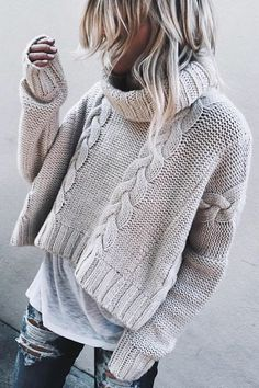 Every woman looking for chic and casual sweaters to wear this winter without being too expensive, Now it's easy to complete this look with a jean and worm boots. We give you a Great Selection of Chic and Boho Style Sweaters,… Continue Reading → Look Fashion, Winter Fashion, Fashion Outfits, Jeans Fashion, Fashion Women, Casual Outfits, Fashion 2016, Grey Fashion, Fashion Trends