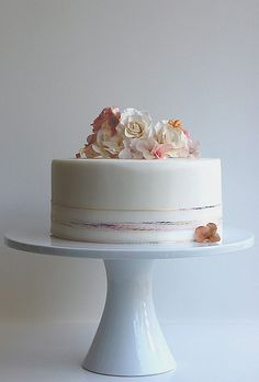 White One-Tier Cake with Flowers