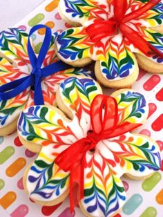 What a terrifically fun, jubilant explosion of edible color! #food #cookies #decoratedcookies