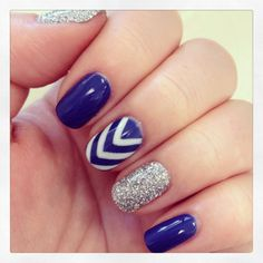 Glitter and chevron gel manicure Love polish | Nail gel manicure