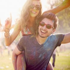 Sunglasses and eyewear, shop styles for music festival and Coachella Cute Couple Pictures, Best Friend Pictures, Bff Pictures, Couple Photos, Relationship Goals Pictures, Cute Relationships, Bff Goals, Best Friend Goals, Cute Couples Goals