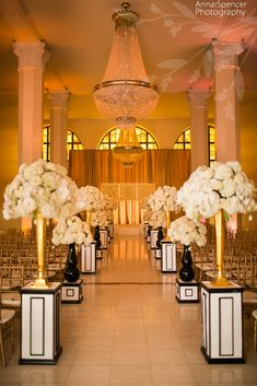 Downtown Atlanta wedding ceremony at 200 Peachtree, F & G Weddings, Edge Design Group Florist.