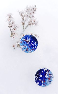For winter is gone, let's enjoy a snowy fairytale of colours. Blue Earrings, Fairytale, 925 Silver, Christmas Bulbs, Organic, Colours, Holiday Decor, Winter, Red