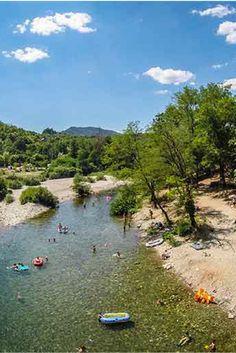 Mooie camping met strandje aan een rivier, in de Cevennes   Camping Les Plans, Mialet, Gard