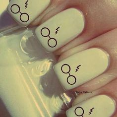 ⚯͛ All you need is white nail polish and a black nail pen! Harry Potter Nail Art, Harry Potter Nails Designs, White Nail Polish, White Nails, Black Nail, Polish Nails, Easy Nail Art, Cool Nail Art, Nail Art Diy